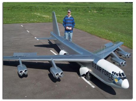 Giant Scale Airforce One
